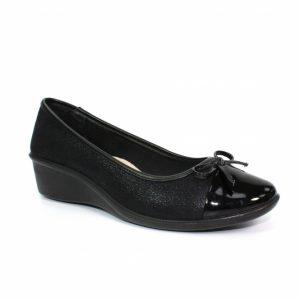 meg low wedge comfort shoe